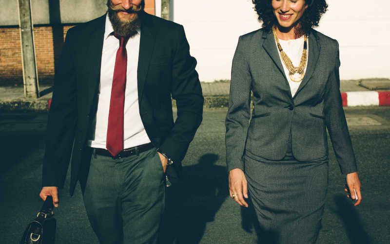 Etat, działalność gospodarcza czy MLM - normy i zasady