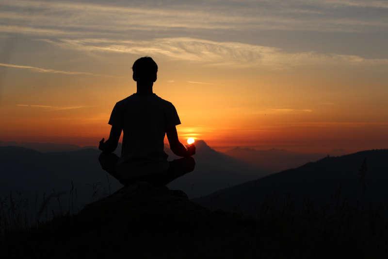 3 sita Sokratesa - joga
